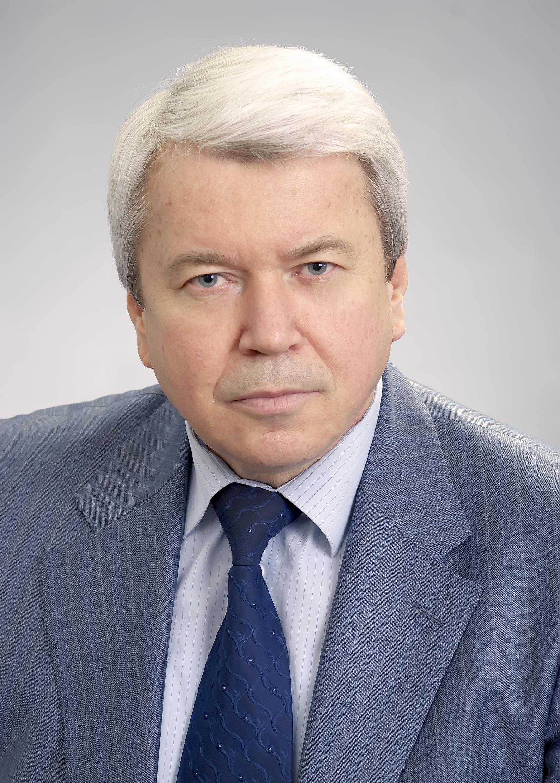 Nachalnyk Golovnogo upravlinnya Kazachuk Anatolij Vasylovych - Колишні керівники